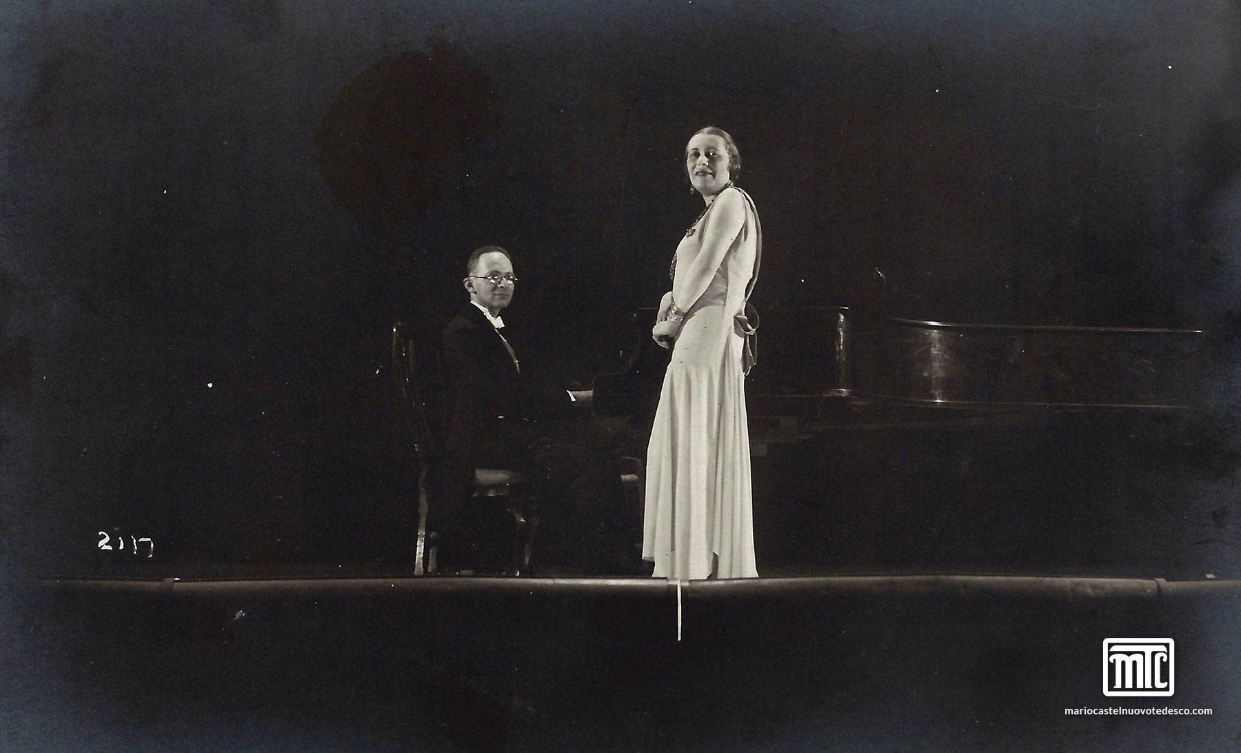 MCT and Madeleine Grey performance, Italy, 1920s